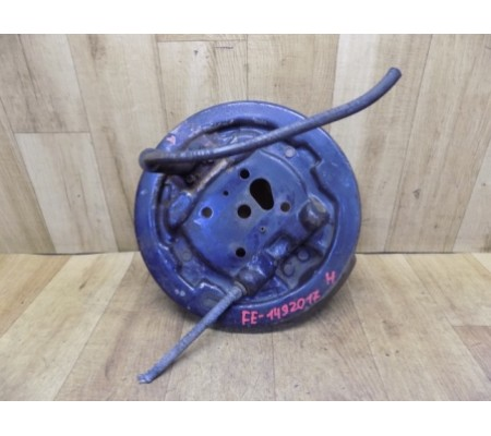 Тормозной механизм заднего правого барабана, Ford Escort