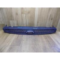 Решетка радиатора, Ford Fiesta 5, 2S618200AGW
