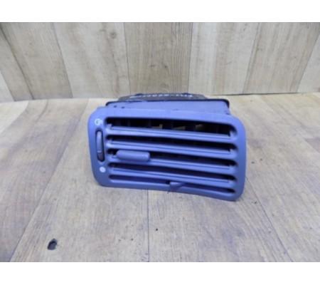 Дефлектор воздушный правый, Ford Mondeo 1, 93BGA018B08ABW, 93BGA014K98CA