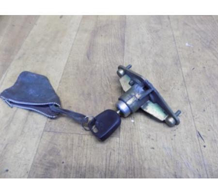 Замок/личинка крышки багажника с ключом, Ford Mondeo 2