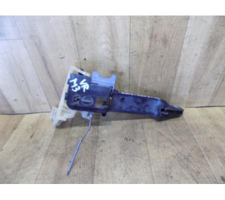 Крепление наружной передней правой ручки, Ford Mondeo 3, 1S71F224A36AA