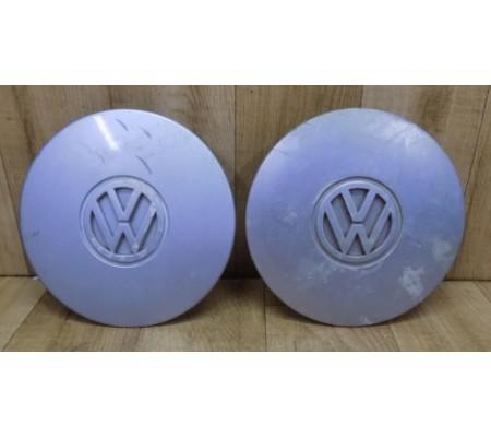 Пара заглушек(колпачков/крышек) колесных дисков, Volkswagen, 6H0601149A