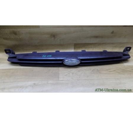 Решётка радиаторная Ford Escort 96-2000 г 95AB8200AB