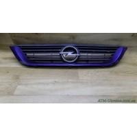 Решётка радиаторная Opel Vectra В 90505722