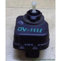 Моторчик коректора фар Opel Vectra 307852335