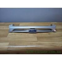 Решетка радиатора в цвет Ford Mondeo 1 № 93BG8A133 93BG8A133AEW