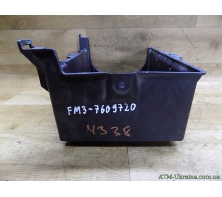 Подиум/корпус/подставка аккумулятора, Ford Mondeo-3, Mk-3, 1S7T10757AF