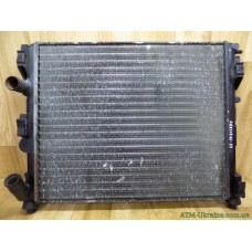 Радиатор охлаждения Renault Kangoo, 8200072713