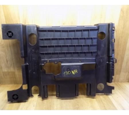 Накладка пола под переднем правым сиденьем, Renault Scenic 2, 8200084139, 3700019382